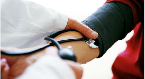 グーパー体操,血圧